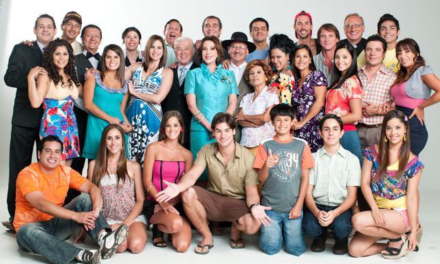 Image result for una familia con suerte english subtitles